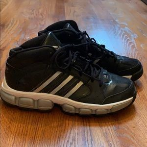 Size 7 1/2 Black Adidas Unisex Basketball Shoes